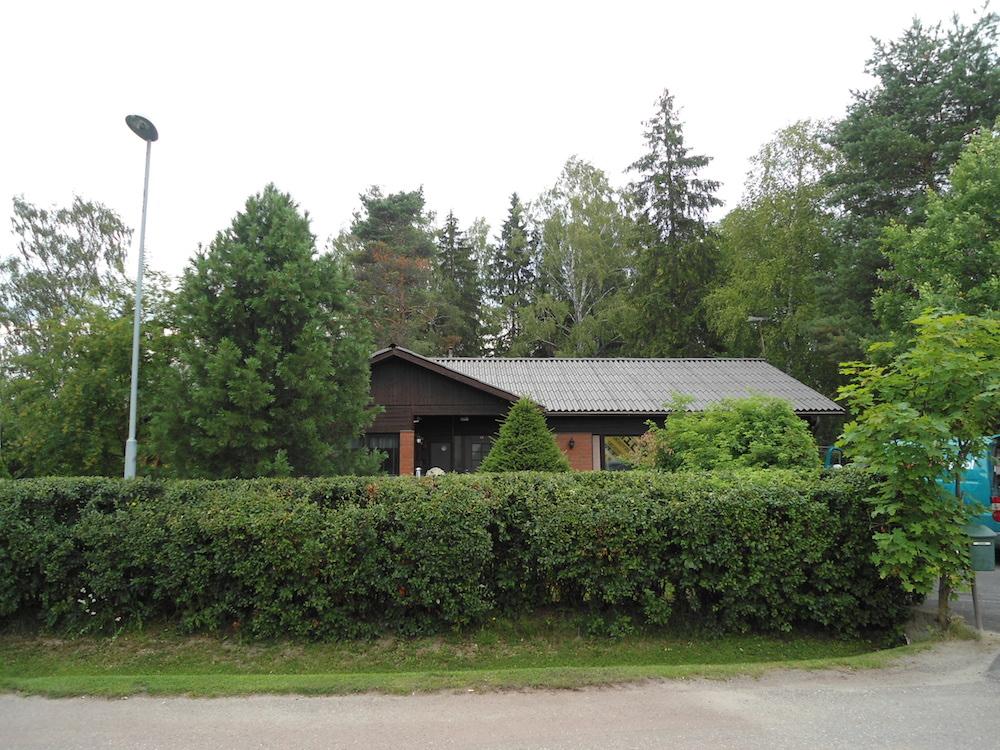 Mineriittikaton pesu ja maalaus, Espoo, 300 m2  Mineriittikattojen huollot,